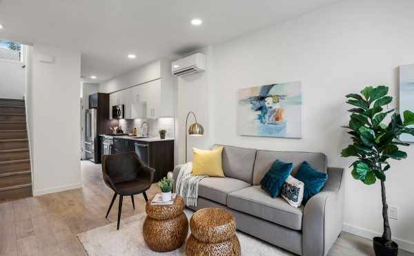 Living Room and Kitchen at 503E NE 72nd St in the Emory Townhomes