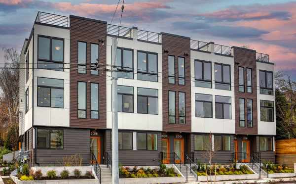 The 6 Central Townhomes in the Capitol Hill Neighborhood of Seattle
