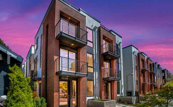 Front Exterior of the Core 6.1 Townhomes in Capitol Hill, by Isola Homes