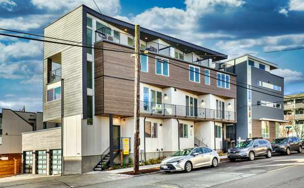 Exterior of the Verde Towns 3 Townhomes Along 5th Ave NE