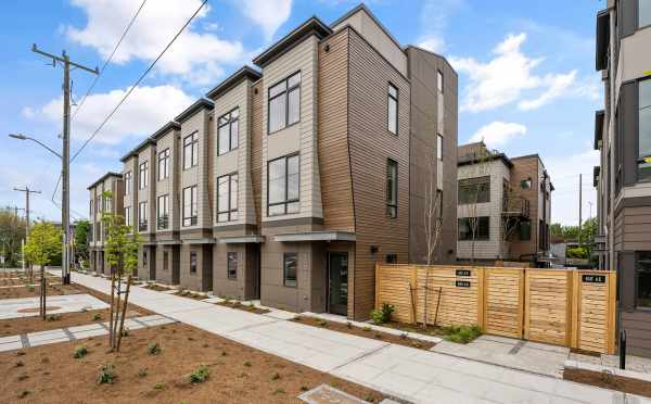 The Zenith Towns East, by Isola Homes, in the Roosevelt Neighborhood of Seattle