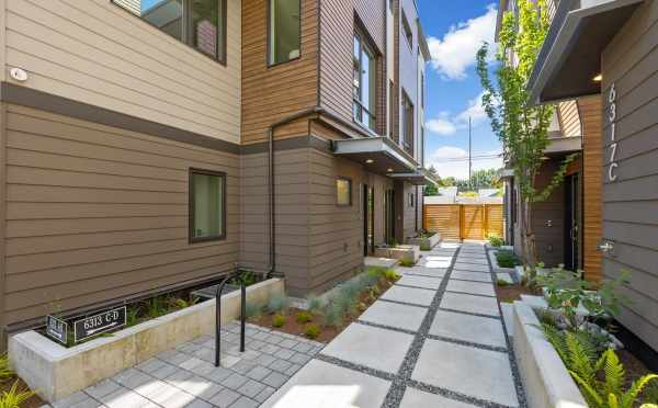 Exterior View of Zenith Towns West in Roosevelt by Isola Homes