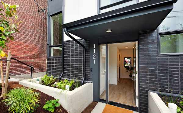 Front Door of 1121 E Howell Street of The Wyn Townhomes