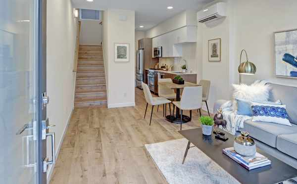Entryway to 503B NE 72nd St of the Emory Townhomes