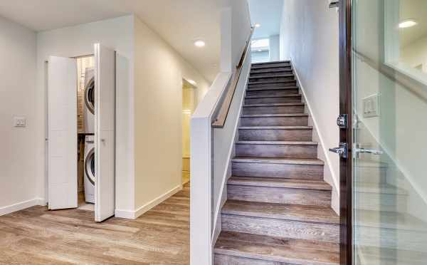 Entryway at 14339C Stone Ave N