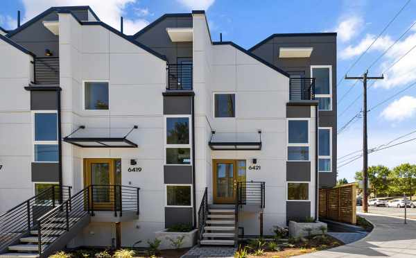 Front Door of 6421 14th Ave NW, One of the Oleana Townhomes in Ballard by Isola Homes
