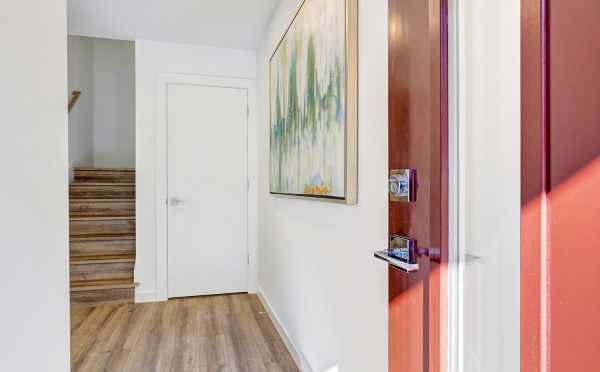 Entryway of 8505 16th Ave NW