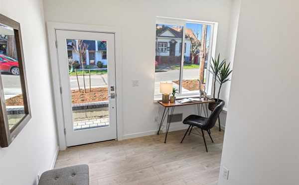 Flex Space Near the Entrance of 224 18th Ave, One of the Cabochon Collection: Jade Homes