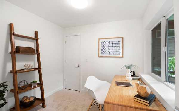 Third Bedroom or Flex Space on the First Floor of 5111F Ravenna Ave NE
