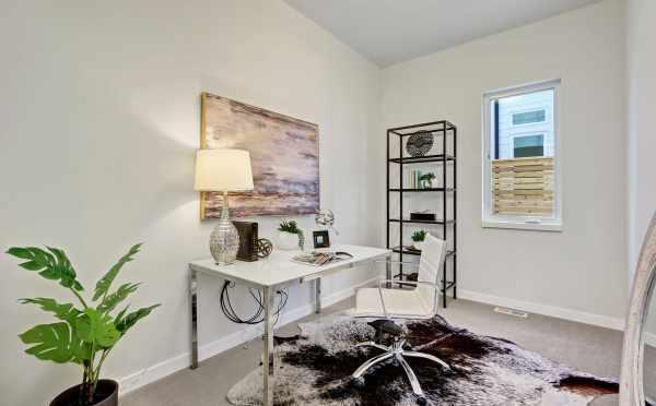 Home Office at 11221 132 Ave NE in Kirkland