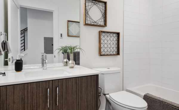 First-Floor Bathroom at 1105F 14th Ave in Corazon Central