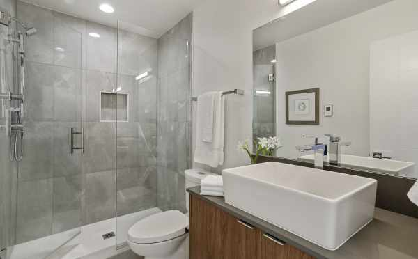 Owner's Suite Bath at 1327 NW 85th St, One of the Thoren Townhomes in Crown Hill
