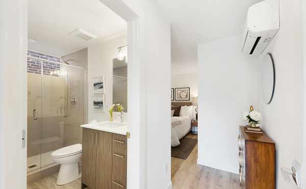 Master Suite at 1121 E Howell Street in Capitol Hill
