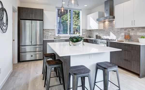 Kitchen in 11518B NE 87th Street