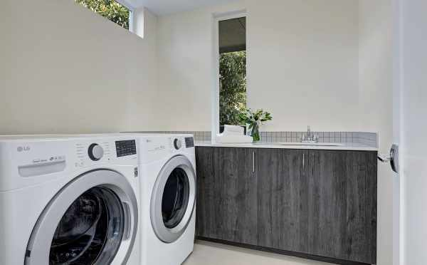 Laundry Area in 2416 NW 64th St