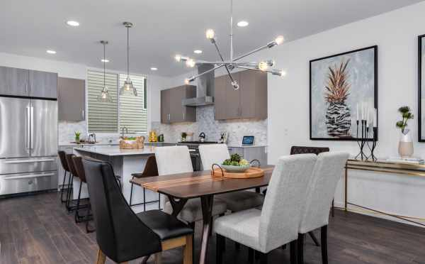 Dining Area at 11518A NE 87th St