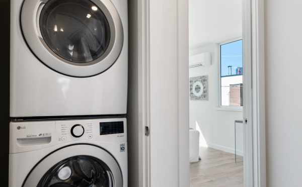 Washer and Dryer at 1113A 14th Ave, One of the Corazon North Townhomes