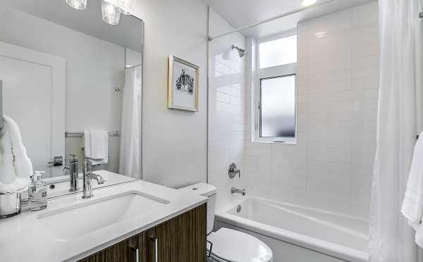 Second Bathroom at 422F 10th Ave E