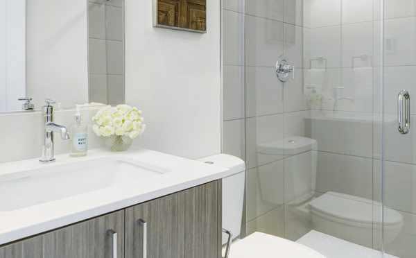 Master Bath at 503B NE 72nd Street