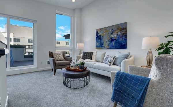 Fourth-Floor Bonus Room at 3062F SW Avalon Way