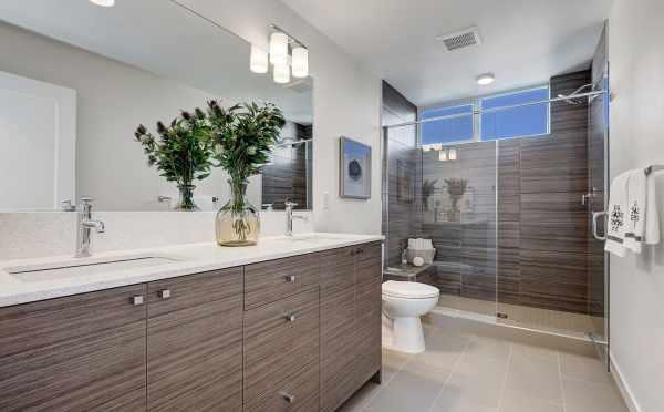 Master Bathroom at 3539 Wallingford Ave N