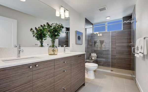Master Bathroom at 3539 Wallingford Ave N
