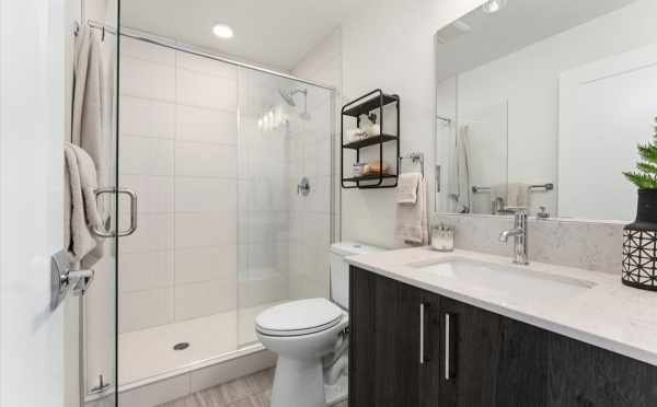 Owner's Suite Bath at 1730C 11th Ave