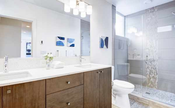 Master Bath at 1638E 20th Ave of the Avani Townhomes in Capitol Hill