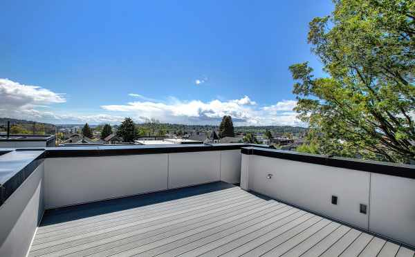 Roof Deck at 1703 NW 62nd St at the Kai Townhomes in Ballard
