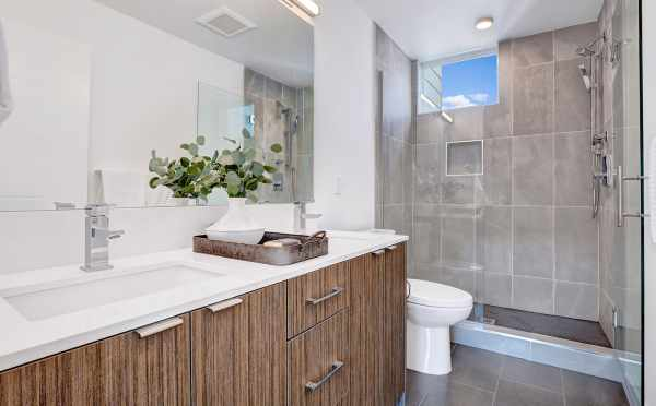 Owner's Suite Bath at 8505 16th Ave NW