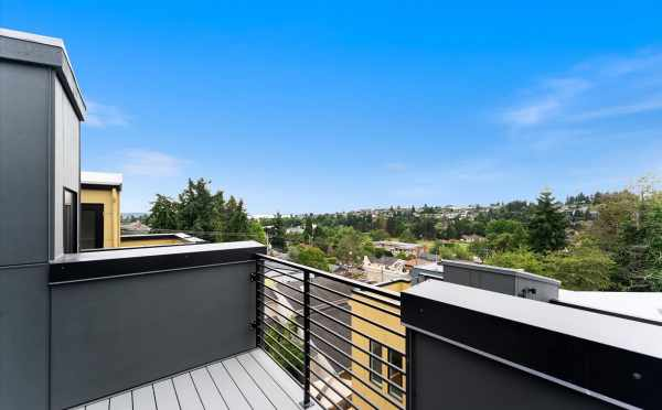Rooftop Deck at 3015C 30th Ave W