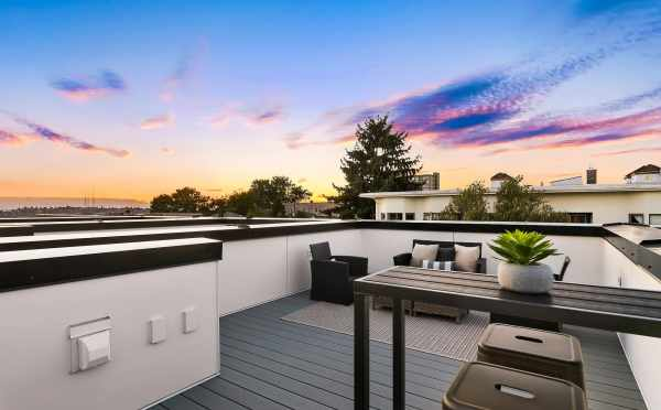 Roof Deck at 1419 E Harrison St, One of the Mika Townhomes by Isola Homes