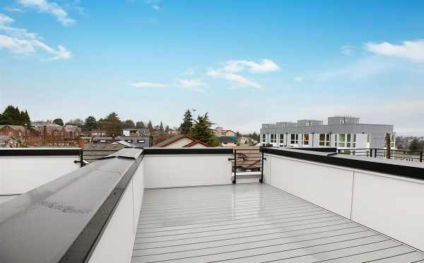 Rooftop Deck at 809B N 47th St