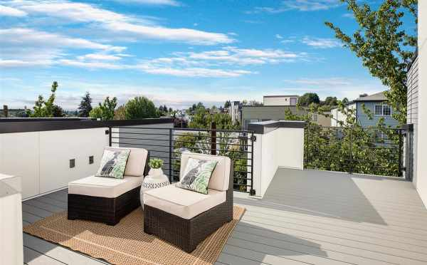 Roof Deck at 445 NE 73rd St, one of the Verde Towns 2 in Green Lake