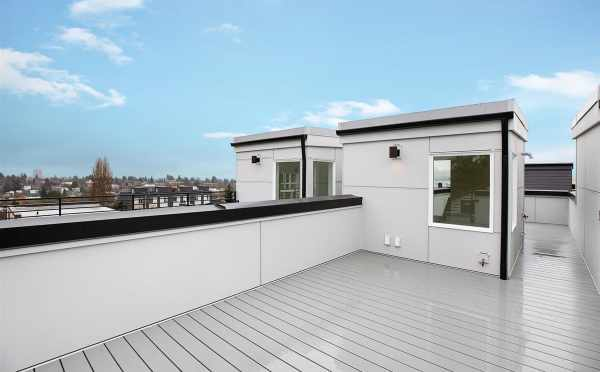 Rooftop Deck at 809B N 47th St, One of the Homes of Sunstone at Fremont