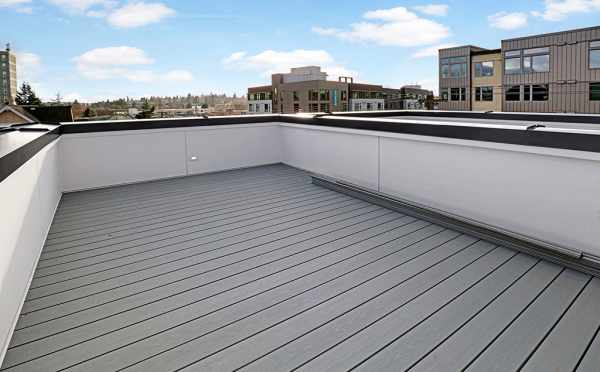 Roof Deck at 500C NE 71st St by Isola Hoems