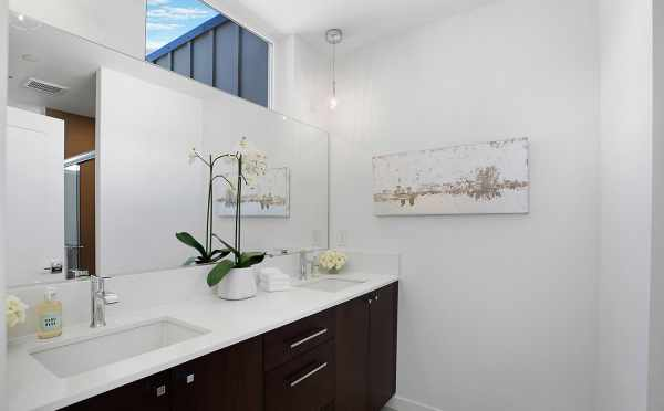 Dual Vanities in the Master Bathroom