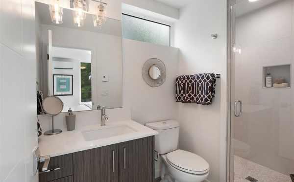 Owner's Suite Bathroom at 5111f Ravenna Ave NE
