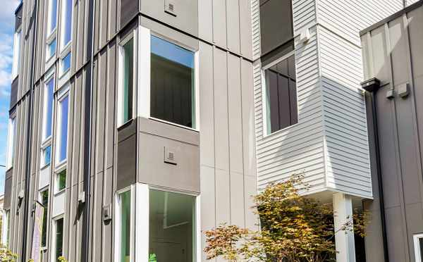 Exterior of the 3062 Building at the Isla Townhomes in West Seattle