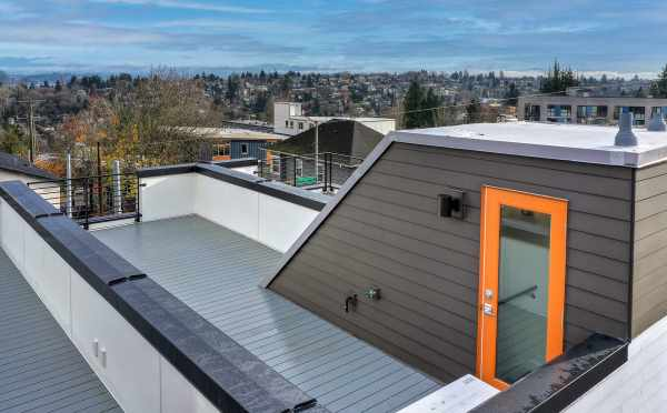 Roof Deck at 201B 23rd Ave E at 6 Central