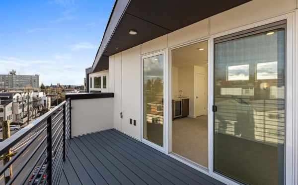 Fourth Floor Deck at 7213 5th Ave NE in Green Lake