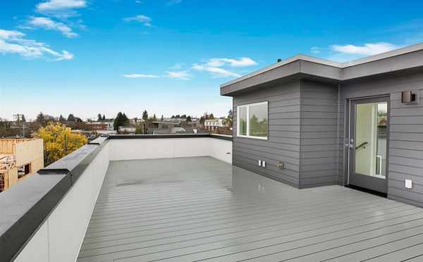 Roof Deck at 807 N 47th St of Sunstone at Fremont