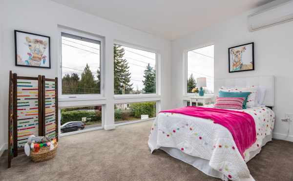 Fourth Bedroom at 11518A NE 87th St