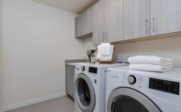 Laundry Room at 11518A NE 87th St