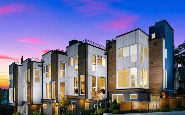 Exterior of the Baymont Townhomes in Montlake at Twilight