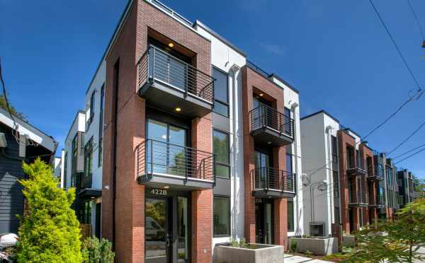 Now Selling - the Core 6.1 Townhomes in Capitol Hill by Isola Homes