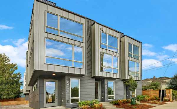 Townhomes at Lifa West in Ballard