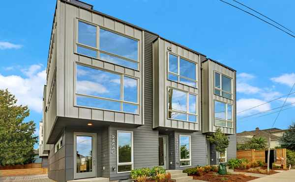 Exterior of Lifa West Townhomes in Ballard